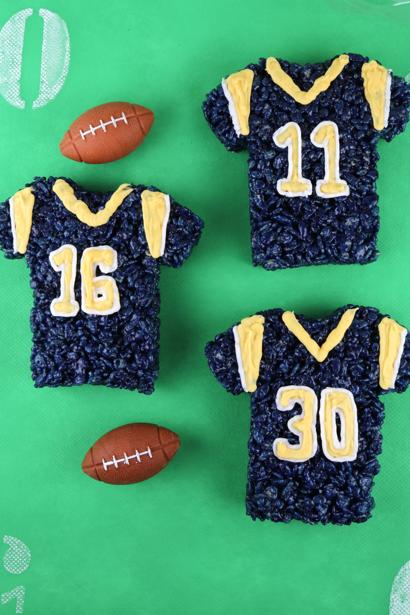 These Los Angeles Rams Rice Krispie Treats Team Jerseys are a fun football  dessert for a 33aff39a21bf