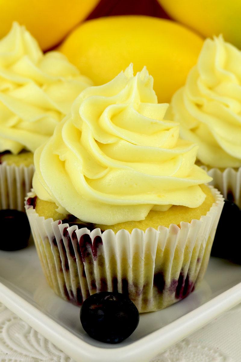 Lemon Blueberry Cupcakes With Lemon Buttercream Frosting